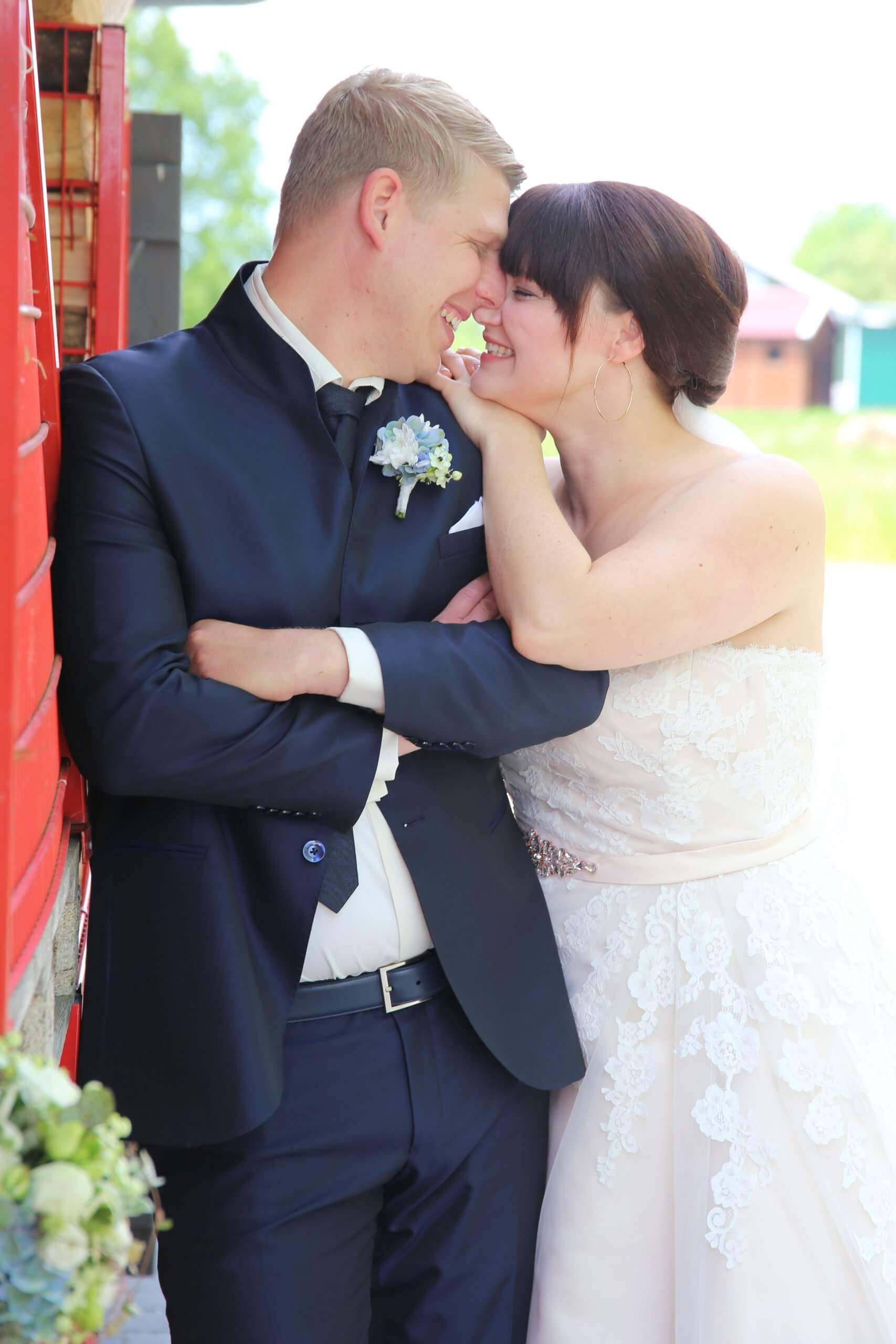 Brautpaar - Hochzeitsvideo Preise